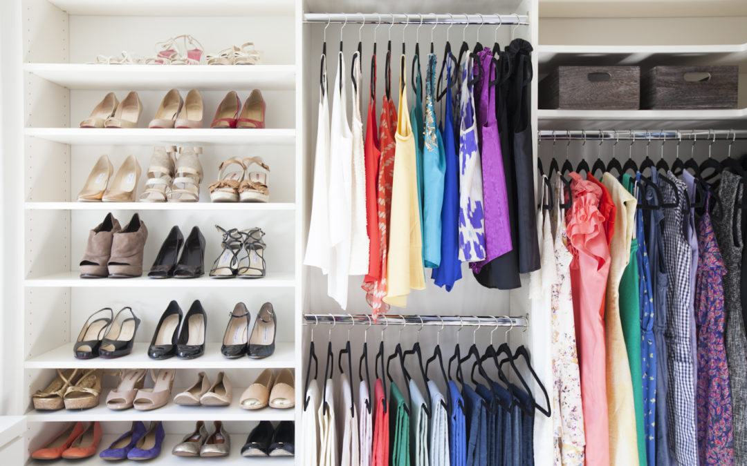 10 Steps to a Decluttered Closet